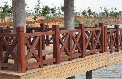 防腐木圍欄施工的幾點注意事項