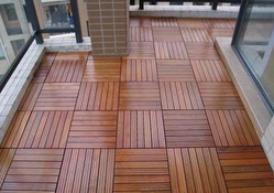 防腐木地板有什么优势性能